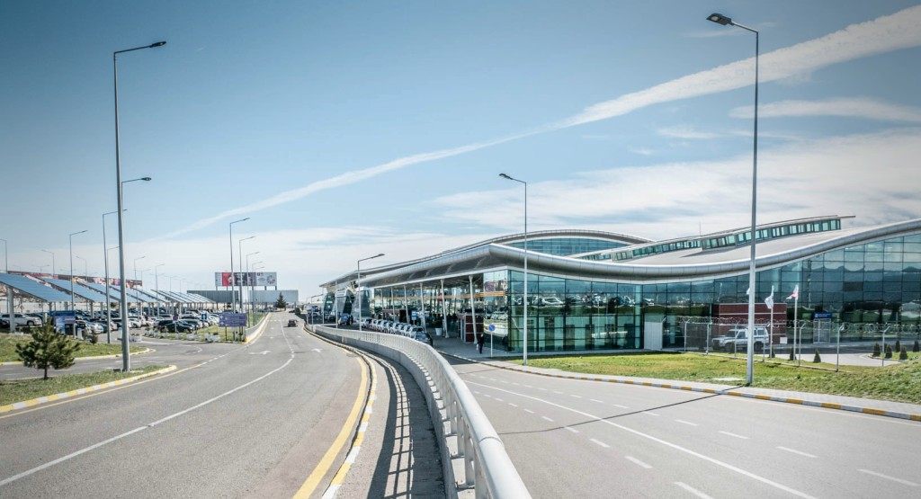 трансфер аэропорт тбилиси цена
