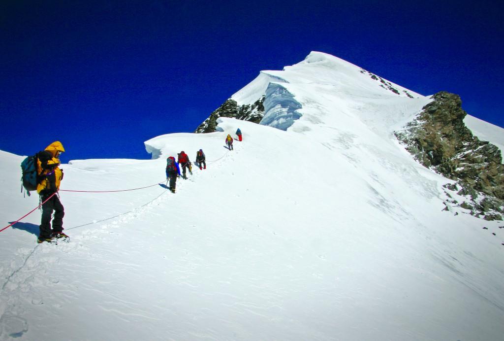Восхождение на вершину Казбеги.