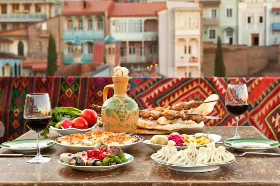 ужин в старом Тбилиси