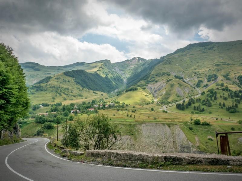 Дорога в Гудаури